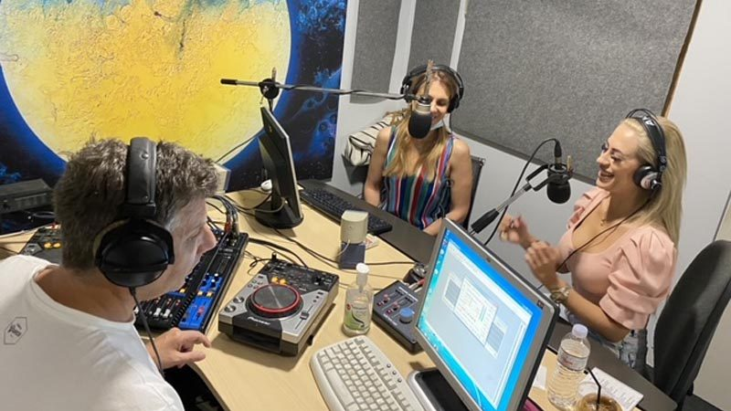 tina-mela-radio-diktio